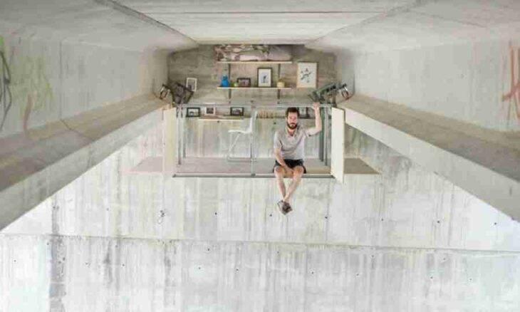 Designer constrói estúdio secreto embaixo da ponte