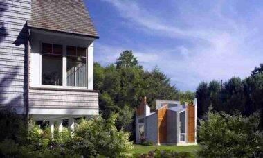 Acredite: a casa à direita tem 350 m² e é inspirada em um animal