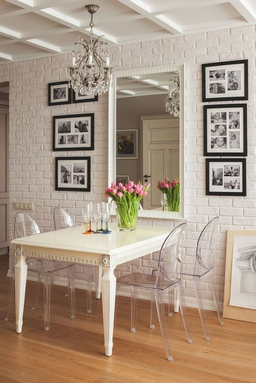 0aac930f6 Como fazer seu apartamento pequeno parecer maior usando apenas quadros