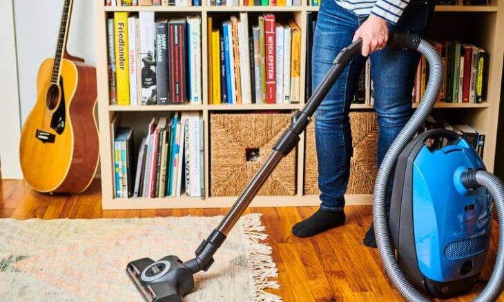 Aspirador de pó: 5 etapas para limpar e deixar como novo -