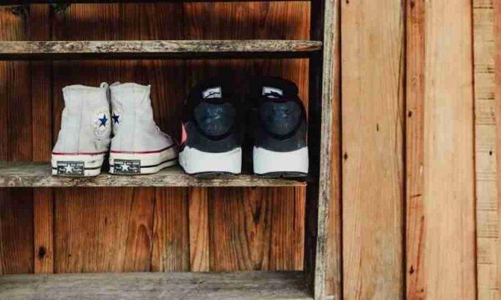 Como organizar os sapatos do lado de fora de casa - e dentro também