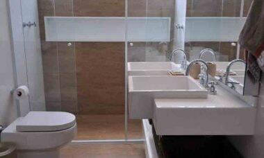 Banheiro: como escolher revestimentos, louças sanitárias, metais e outros acabamentos. Foto: Divulgação
