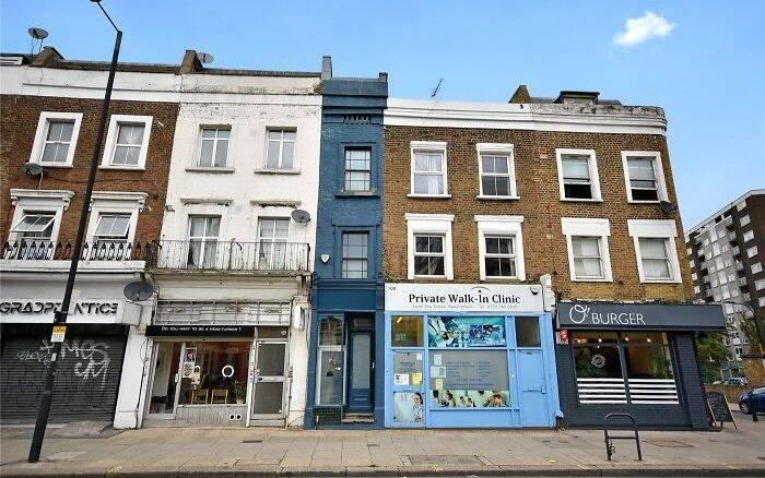 Casa mais estreita de Londres tem apenas 1,67 m de largura e está à venda por preço milionário
