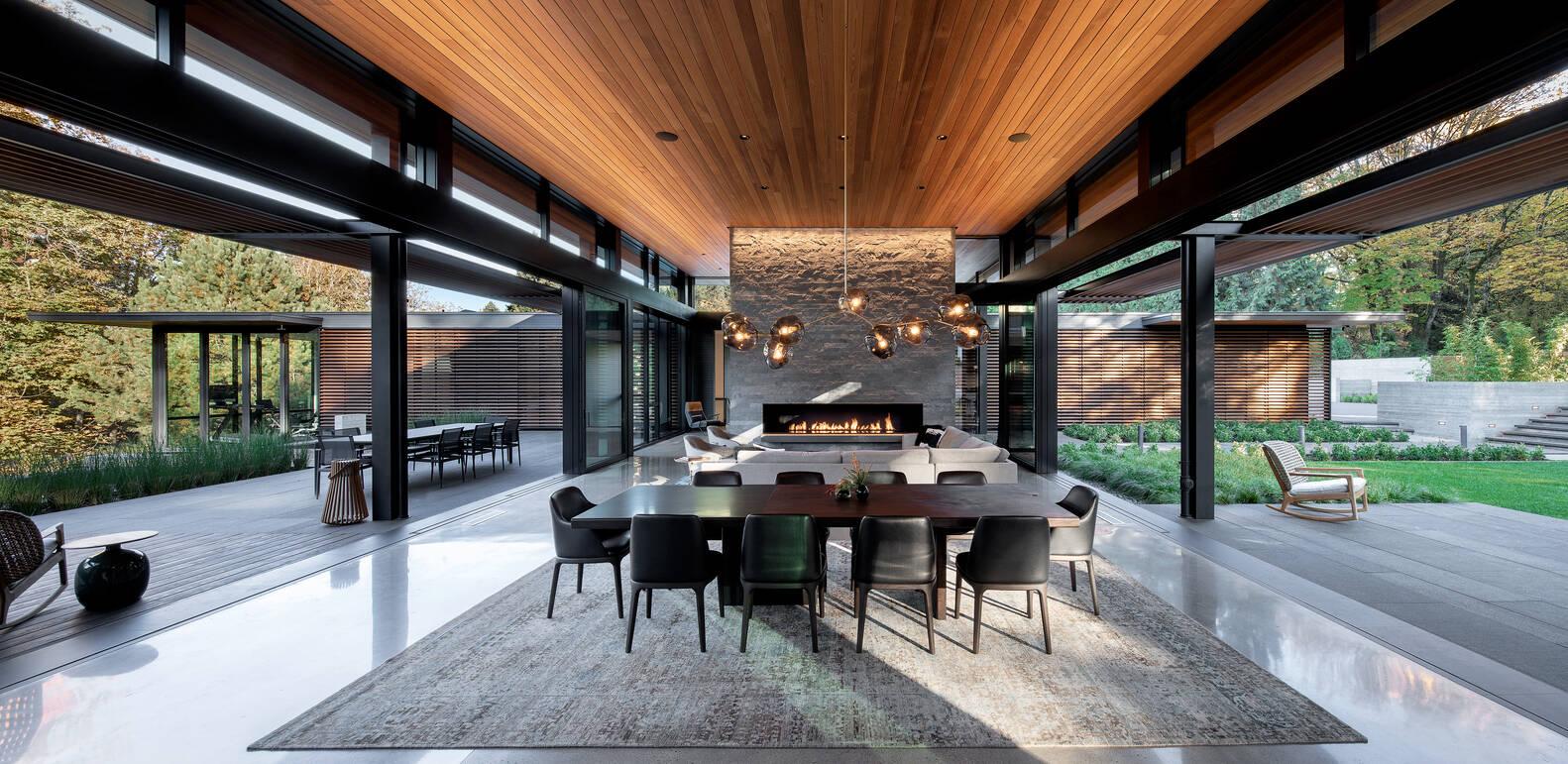 Casa de vidro sala de jantar