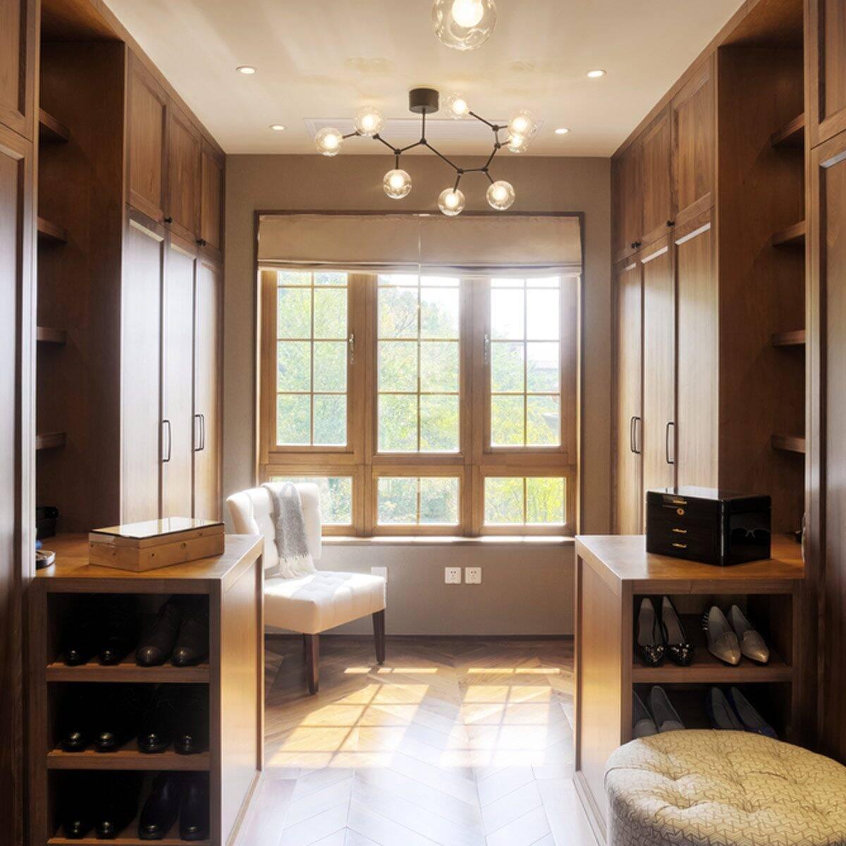 Closet de madeira