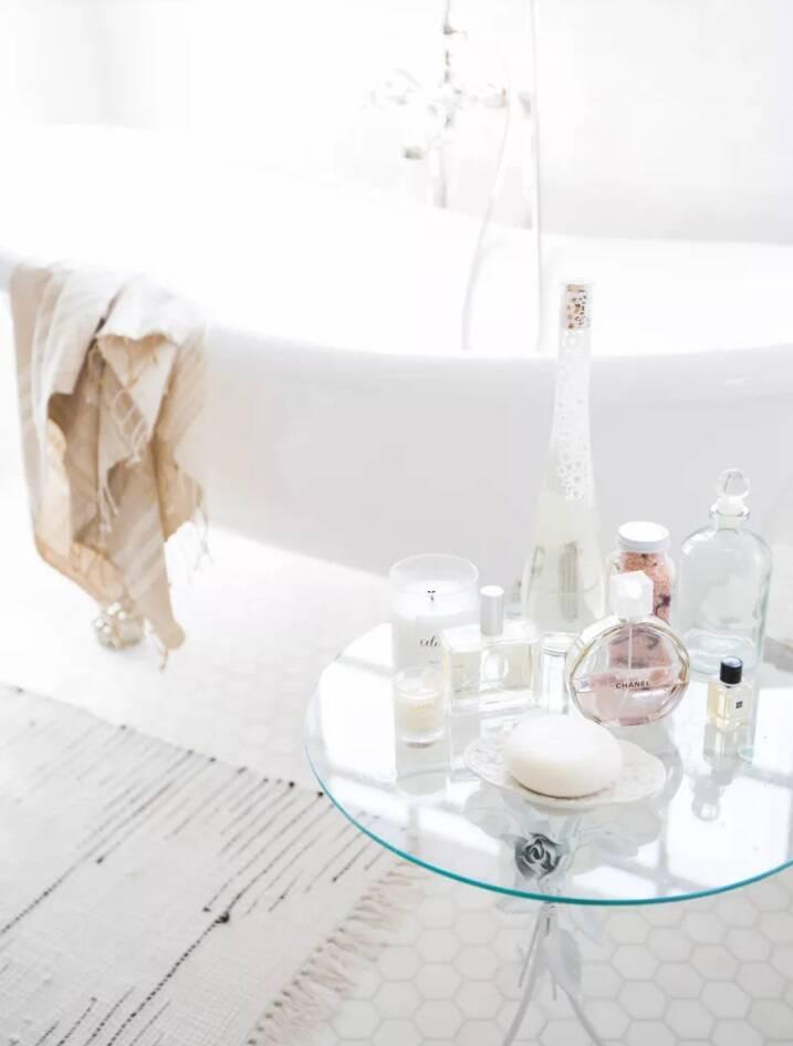 Banheiro chique: perfumes