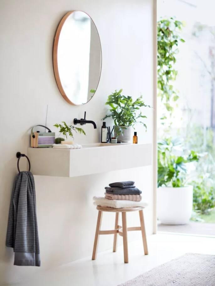 Dicas de decoração para banheiro: móveis flutuantes
