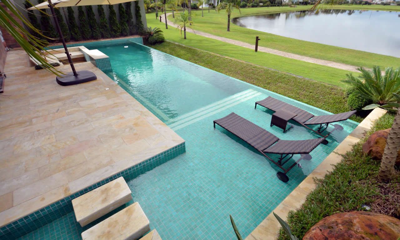 Modelos de piscina: concreto armado