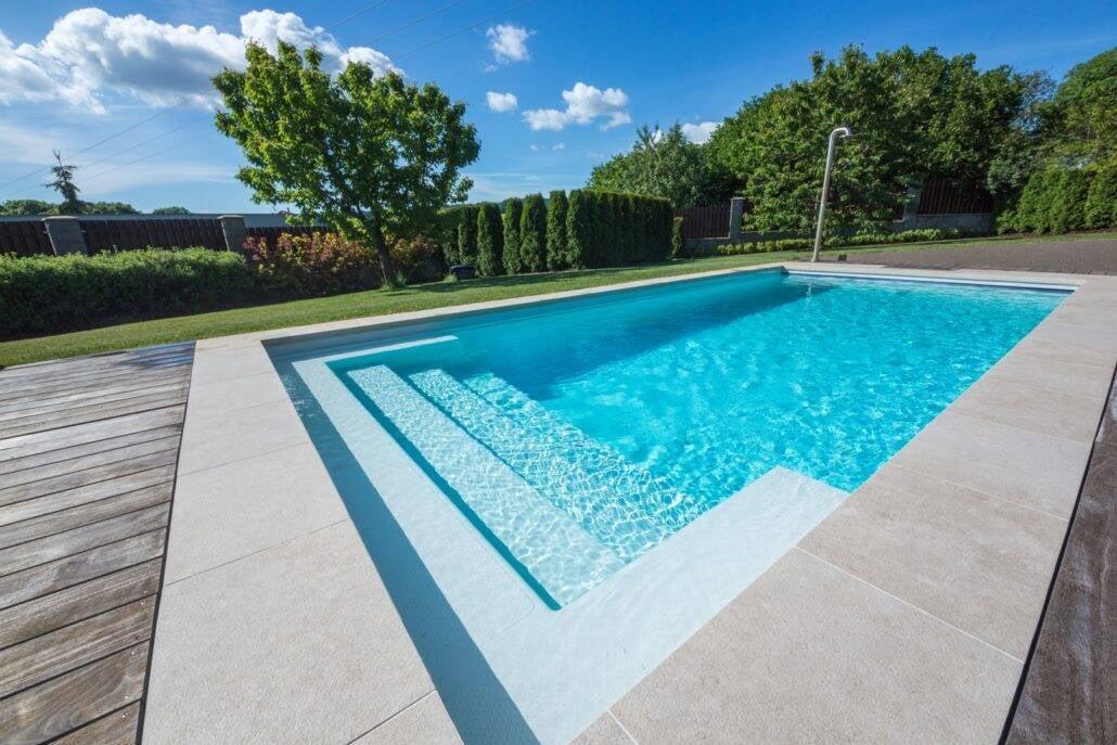 Modelos de piscina: fibra de vidro