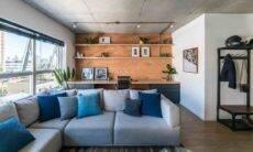 O brick pode estar presente em áreas social e íntima. Neste projeto da arquiteta Júlia Guadix, a aparência marcante do tijolinho reveste a parede do home office |Foto: Guilherme Pucci
