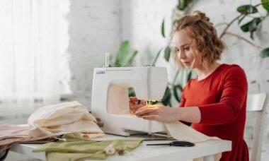 Como preparar o tecido para costurar. Crédito: Cottonbro