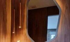 Como usar espelhos na decoração. Designer de interiores Patrícia Pasquini/ Divulgação: Silvestre Vidros e Mont Blanc Mármores