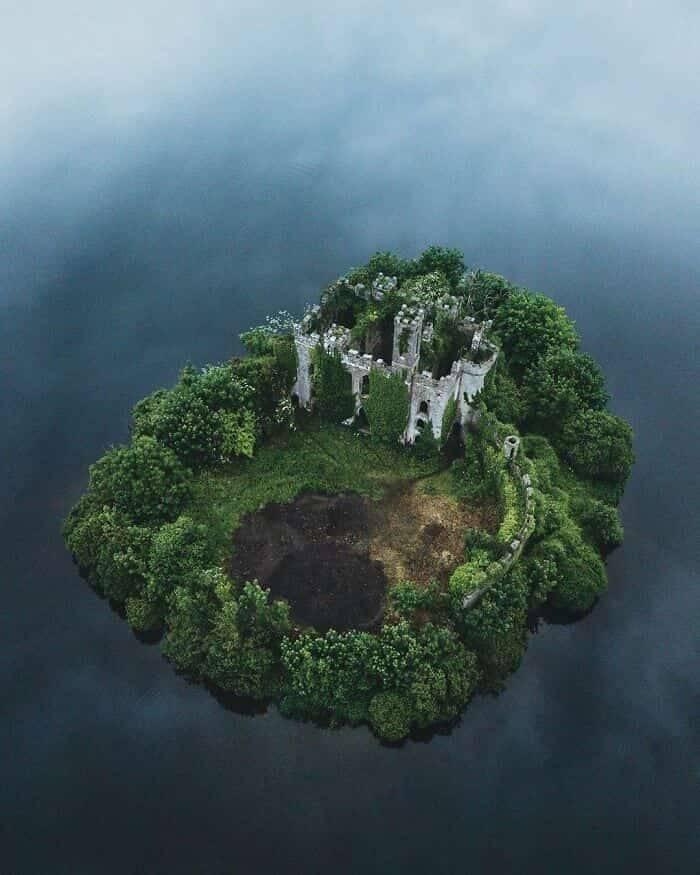 Maravilhas abandonados pelo mundo. Fotos: Reprodução/Facebook