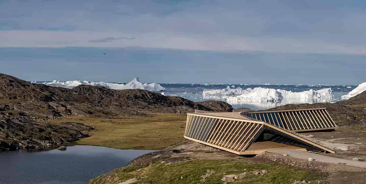 Plataforma com vista para as geleiras. Fotos: Adam Mørk