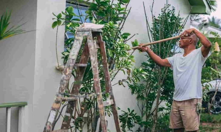 Como pintar parede que teve vazamento. Foto: Craig Adderley